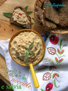 Paté di nocciole e salvia Hazelnuts & sage paté - Vegetarian appetizer