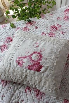 """today feels like a cottage kind of day"" Rose Cottage, Garden Cottage, Chabby Chic, Make Do And Mend, Linens And Lace, French Country Decorating, Vintage Quilts, Textiles, Soft Furnishings"