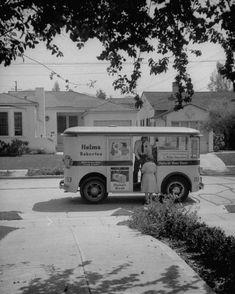 Helm's Bakery Truck c 1948