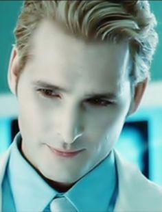 Carlisle Cullen (Peter Facinelli)   Twilight saga