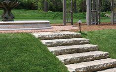 shrubs in staircase garden - Поиск в Google Landscape Steps, Landscape Materials, Outdoor Landscaping, Front Yard Landscaping, Landscaping Ideas, Step Treads, Hardscape Design, Concrete Stairs, Rustic Stone