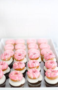 Donuts + Cupcakes in any combination are a match made in heaven! Today we are sharing a fun recipe to make mini donut topped cupcakes…the perfect addition for any party or just because. Donut Cupcakes, Mini Donuts, Pink Cupcakes, Donuts Donuts, Cute Cupcakes, Donut Party, Donut Birthday Parties, Birthday Party Themes, Birthday Fun