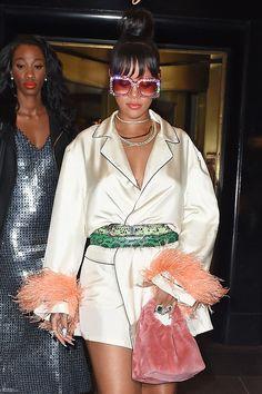 Rihanna_May_MET_Gala