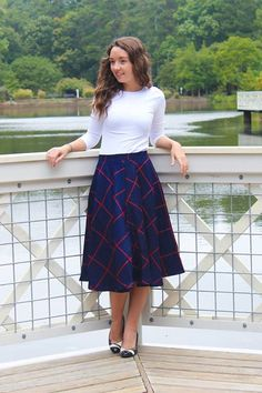 Aiko plaid woven skirt in navy and red