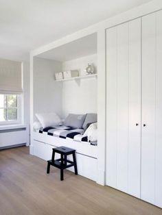 Einzelbett design  Einzelbett mit Bettkasten, Fototapete Gras und weiße Möbel | bett ...