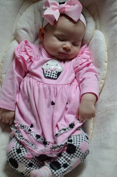 Cute Cupcake Baby Outfit from @Cookie's Kids