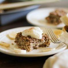 Banana Bread Baked Oatmeal (gluten free) - - - > http://www.theroastedroot.net