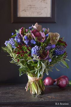 Love Flowers, Fresh Flowers, Spring Flowers, Beautiful Flowers, Wedding Flowers, Flower Centerpieces, Flower Decorations, Floral Bouquets, Floral Wreath