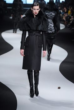Victor & Rolf RTW Fall 2012