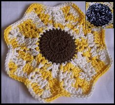 Ravelry: Sunflower Dish Cloth w/ Scrubber Pattern pattern by Julee Reeves