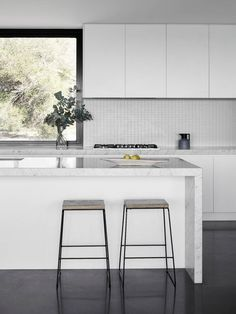 Kitchen | Two Pavilions by Tom Robertson Architects | est living