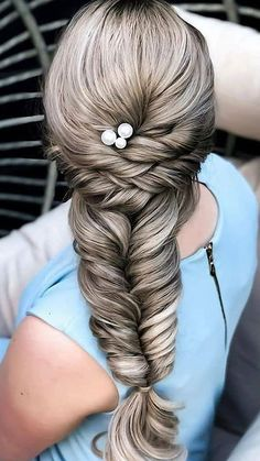 Simple Elegant Hairstyles, Diy Hairstyles, Hair Hacks, Celebrity News, Makeup Tips, Hair Cuts, Dreadlocks, Celebrities, Hair Styles