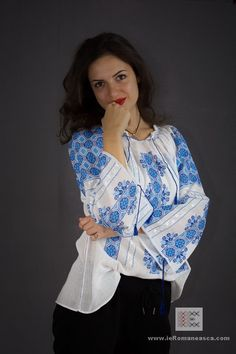 100% handmade embroidery - Romanian Blouse - bohemian fashion boho style chick vyshyvanka ie traditionala romaneasca