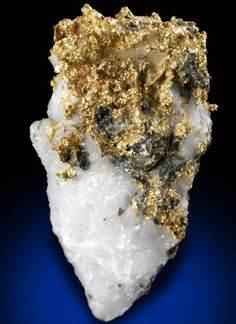 Gold on Quartz from Ericson Mine, Cassiar, British Columbia, Canada