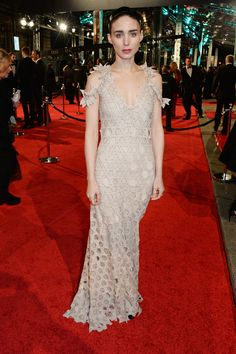 Rooney Mara in Givenchy Couture bei den BAFTA Awards in London