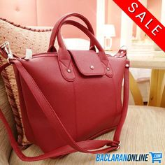 Check out for fashionable leather bag for women at Baclaran Online. We provide variety of items at the most affordable price. Women's Bags, Clutches, Leather Bag, Shop Now, Handbags, Tote Bag, Shopping, Fashion, Moda