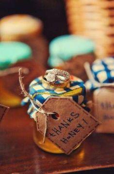 The Vintage Bee Company sells honey favors! Honey Favors, Honey Wedding Favors, Wedding Gifts For Guests, Best Wedding Gifts, Wedding Party Favors, Wedding Stuff, Cute Wedding Ideas, Trendy Wedding, Summer Wedding