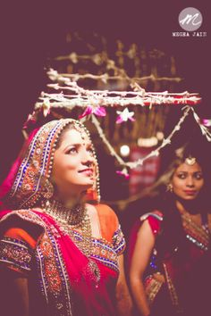 Candid moment- Indian Wedding Photography | Wedding Photographer Delhi : Megha Jain (Sunflare Arthouse)