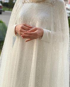 Muslim Wedding Gown, Wedding Abaya, Muslimah Wedding Dress, Muslim Wedding Dresses, White Wedding Dresses, Wedding Gowns, Bridal Hijab, Instagram Wedding, Islam