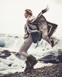 Reina de las Nieves by Andreas Ortner for Vogue Spain November 2014 6 Ski Fashion, Vogue Fashion, Fashion Editor, Editorial Fashion, Winter Fashion, Sport Editorial, Editorial Photography, Amazing Photography, Fashion Photography