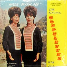 "The Singing Gospelettes, un antecedente de la marciana ""seductora"" de Mars Attacks."
