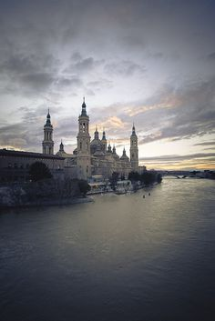 Would love to see this place frequently referenced in Garcia Lorca's poems! River Ebro in Zaragoza, Spain Places Around The World, Oh The Places You'll Go, Places To Travel, Places To Visit, Around The Worlds, Magic Places, Madrid, Spain And Portugal, Bilbao