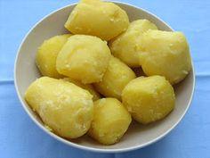 .: Galuste cu prune din aluat cu cartofi Deserts, Potatoes, Cheese, Vegetables, Food, Sweets, Gumbo, Potato, Essen