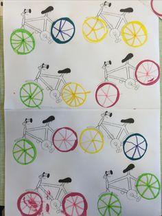 Begeleide of zelfstandige activiteit - Fietswielen maken Educational Crafts, Transportation, Kindergarten, Projects To Try, Shapes, Teaching, Cards, Father's Day, Bicycle