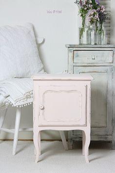 Bleu et Rose's lovely painted furniture
