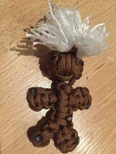 Paracord Schlüsselanhänger Vodoo-Doll mit Schlüsselring Braun Phosphor Weiß | eBay