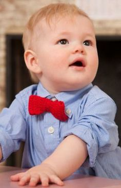 Bowtie for Little Man Free Crochet Pattern from Red Heart Yarns