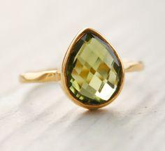 Green Peridot Ring - Vermeil Gold - Teardrop