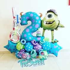 Balloon Decorations Party, Baby Shower Centerpieces, Birthday Party Decorations, Balloon Ideas, Monster Inc Birthday, Monster Inc Party, Ballon Crafts, Monster Balloons, How To Make Balloon