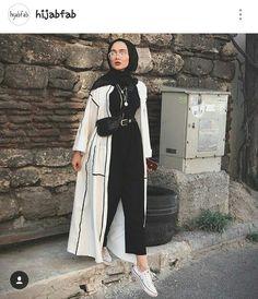 Muslimische Mädchen Neue Hijab-Mode: edanurkir The Many Use Hijab Fashion Summer, Modest Fashion Hijab, Modern Hijab Fashion, Street Hijab Fashion, Casual Hijab Outfit, Hijab Fashion Inspiration, Islamic Fashion, Hijab Chic, Muslim Fashion