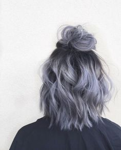 Metallic half-up top knot   o   #colorfulhair #mermaidhair #bluehues #purplehues #colorenvy #voluminoushair #colorfordays #innermermaid #mermaidvibes #hairgoals #hairootd #hairenvy #hairheaven #hairfirst #haireverything #perfecthair #hairwants #hairneeds #hairessentials #everydayhair