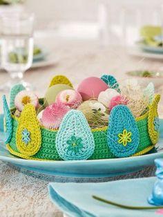 Crochet this stunning egg basket in Cotton DK. Easter Crochet Patterns, Knitting Patterns, Pattern Design, Free Pattern, Rowan Yarn, Office Prints, Egg Basket, Yarn Store, Baby Chicks