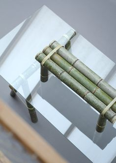 Soba reinterprets the traditional bamboo bench, an object still used in lots of places in Japan. Bamboo Shop, Bamboo House, Bamboo Canes, Bamboo Design, Japanese Design, Design Process, Clothes Hanger, Creative, Wood