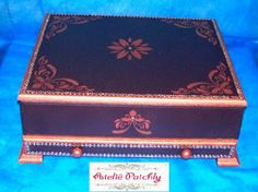 Ateliê Patchly  Porta joias com gaveta