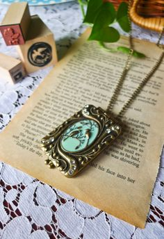 Pretty Locket...