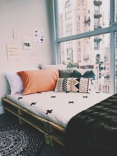Incredible And Cute Dorm Room Decorating Ideas 24