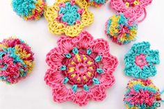 crochet / Colorful flowers, tutorial by Is Laura in Italian with chart.