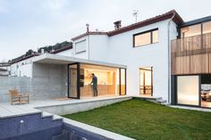 Gallery of Another House of the Neighbourhood / Arnau Estudi d'Arquitectura - 2