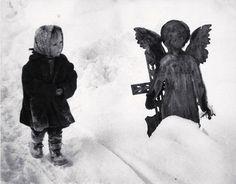 Martin Martinček , The Child and the Angel (L'enfant et  l'Ange) on ArtStack #martin-martincek #art