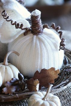 Autumn is the time for falling leaves and cozy sweaters… made into pumpkins! I may not have the fairy godmother touch, turning pumpkins into whimsical carriages… but I can turn a sweater into a pumpkin with a wave of my magic scissors and a few other crafty thing… Here is how you can work magic …