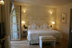Villa Del Re ©oovatu Cagliari, Villa, Bed, Furniture, Home Decor, Homemade Home Decor, Stream Bed, Home Furnishings, Beds