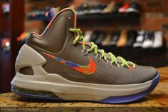 2d6884c7b558 The debut of the KD V by Nike Basketball continues with the release of this