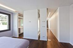 House In Vale Bem Almada Portugal  by   espaço a3 architects