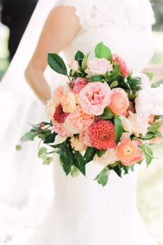 Colorful pink and coral summer bouquet via Vasia / http://www.himisspuff.com/spring-summer-wedding-bouquets/3/