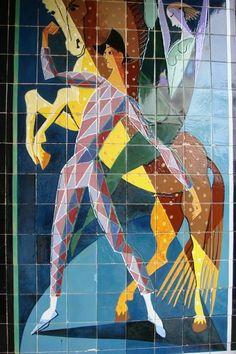 Almada Negreiros, painel numa casa onde morou, na R. da Alcolena, 28, Lisboa. Henri De Toulouse Lautrec, Gustav Klimt, Modern Art, Contemporary Art, Horse Posters, Art Deco Posters, Portuguese Tiles, Tile Art, Paint Designs
