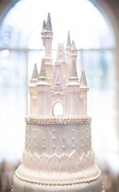 Cinderella Castle wedding cake topper at Franck's Studio in Walt Disney World